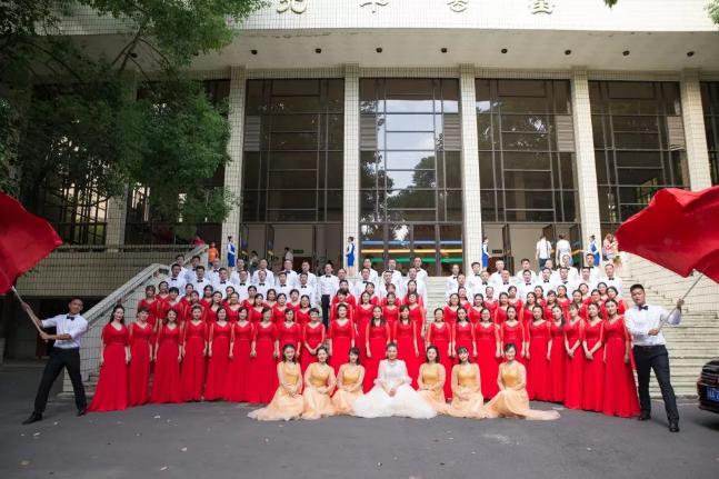 成都树德实验中学在青羊区教育系统合唱比赛中荣获特等奖